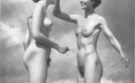 21311-Nude-retro-babes-with-hairy-cunts-near-the-beach.jpg