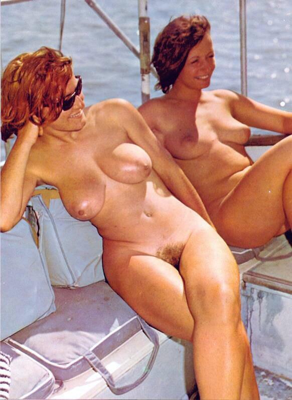 Nude vintage ladies exposing their gorgeous bodies